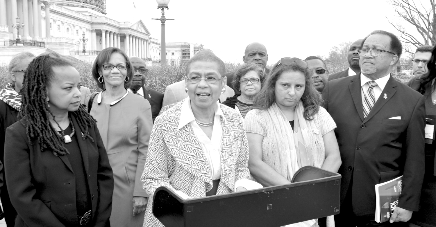 congresswoman Eleanor Holmes Norton (D-DC), extreme right, has requested an investigation into federal government spending with Black and Hispanic-owned newspapers. At her left is Dennis Rolark Barnes, NNPA Chair and publisher of The Washington Informer.