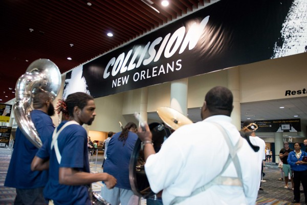 Hot 8 Brass Band welcomes guests into the 2016 Collision Conference in New Orleans, La. | Photo courtesy of Robert Warren, Gigsy.co.